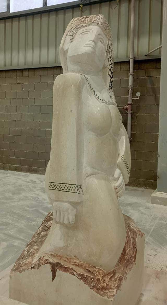 شبيه تمثال نهضة مصر