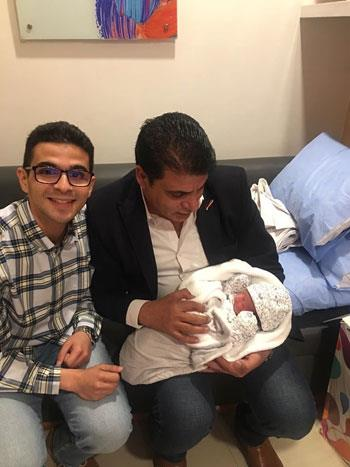 محمد الأشهب يستقبل أول حفيد له هو وطليقته هالة زايد وزيرة الصحة