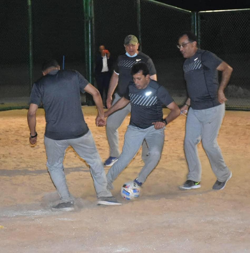 مشاركة وزير الشباب في مباراة الوزراء