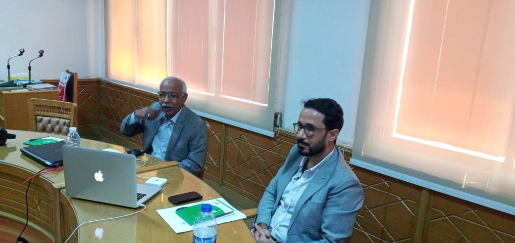 اجتماع النقابة العامة للعاملين بالبناء والأخشاب عن حملة لدعم العمال المهاجرين في مصر