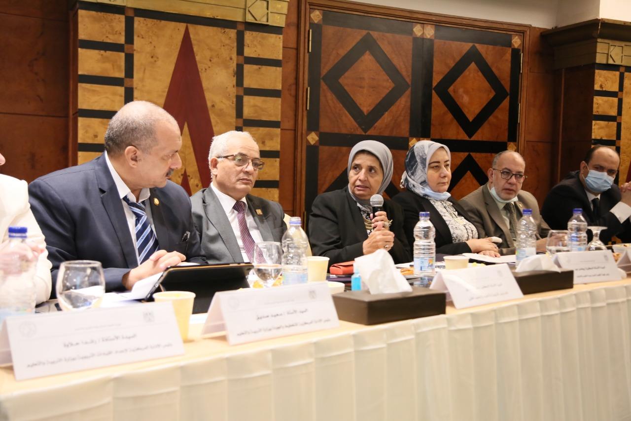 اجتماع رضا حجازي مع هيئة جودة التعليم