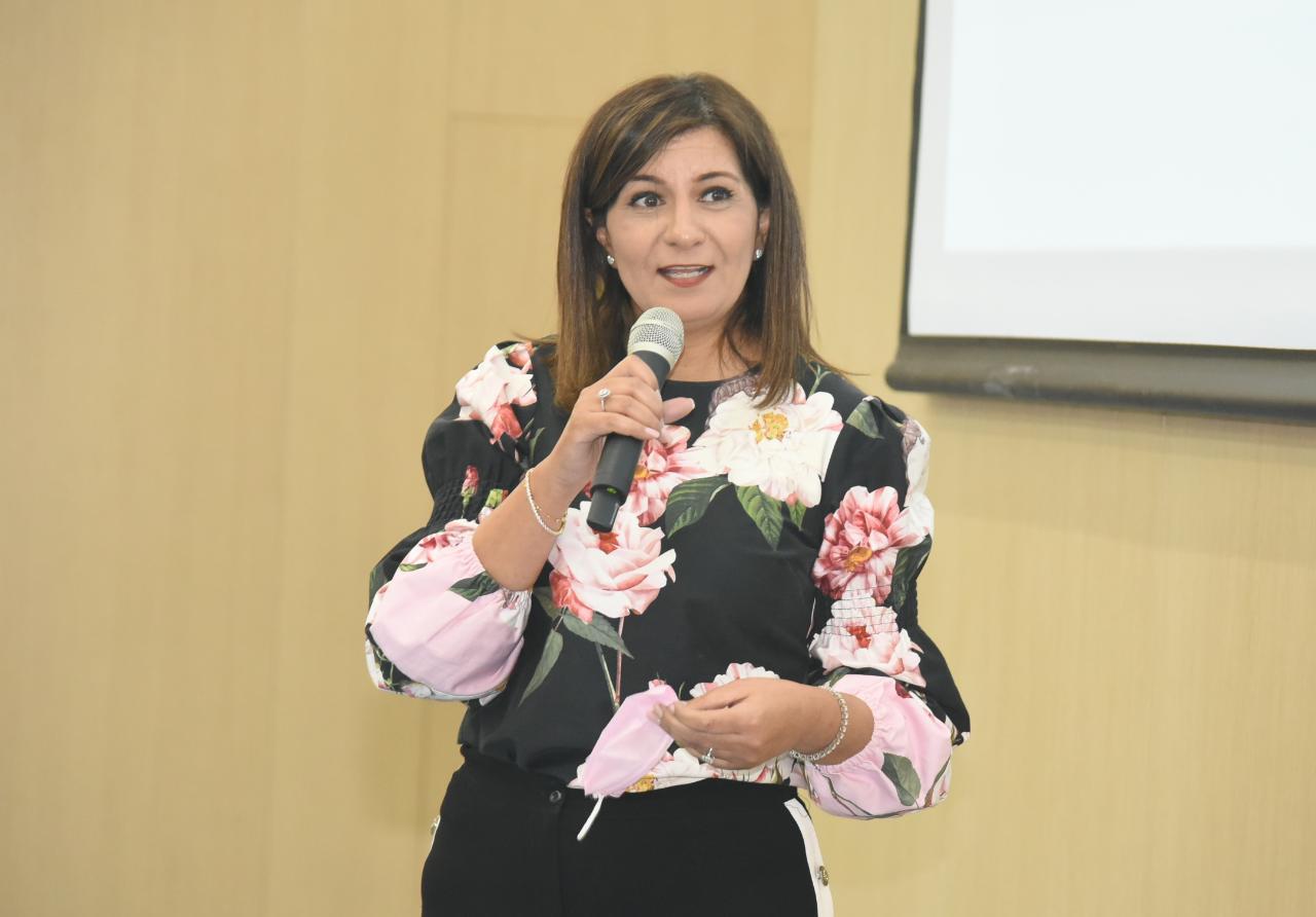 السفيرة نبيلة مكرم عبد الشهيد وزيرة الهجرة