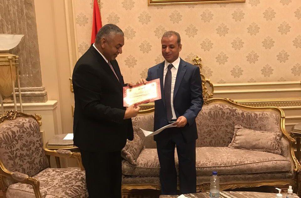 المستشار محمود عتمان الأمين العام لمجلس الشيوخ يستقبل الأعضاء الجدد