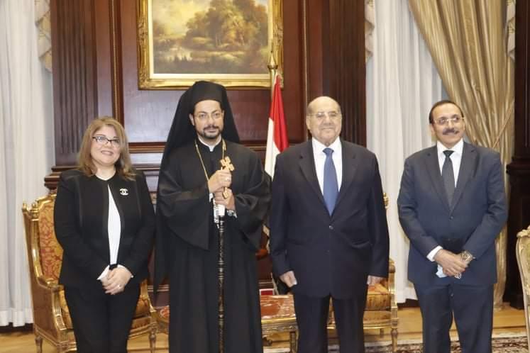 المستشار عبدالوهاب عبدالرازق رئيس مجلس الشيوخ يلتقي نيافة الانبا باخوم المعاون البطريركي للأقباط الكاثوليك